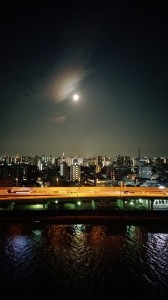 満月綺麗です・・・